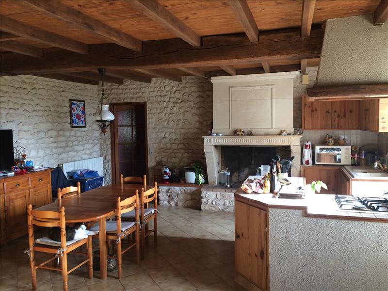 Maison CHAMPAGNOLLES - 5 pièces  -   244 m²