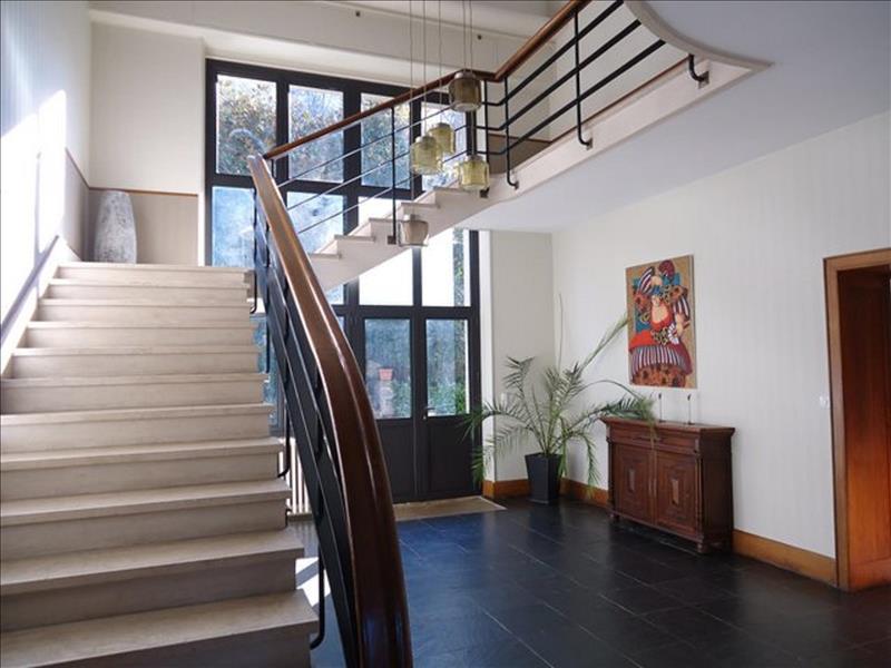 Maison TULLE - 10 pièces  -   332 m²