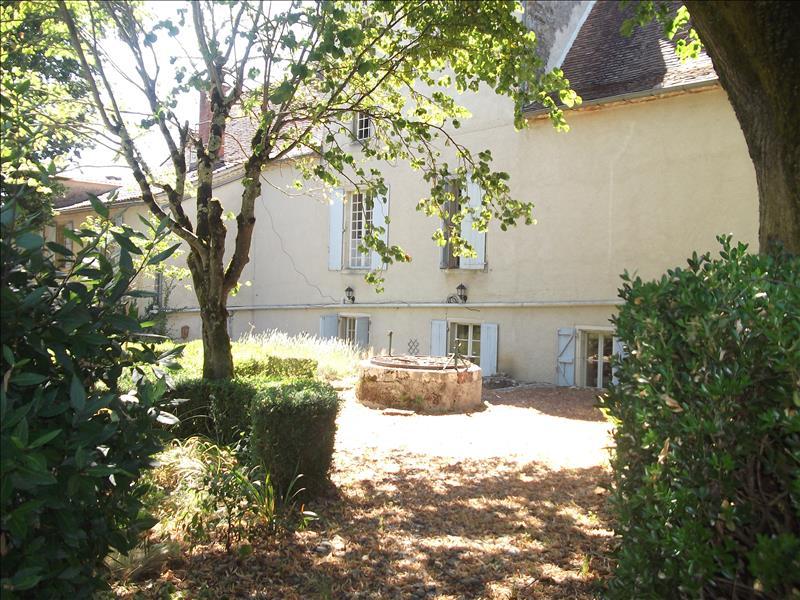 Maison LIMOGNE EN QUERCY - 12 pièces  -   370 m²