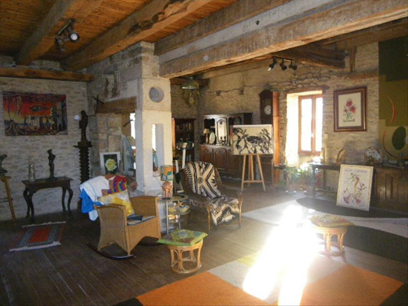 Maison LABASTIDE MARNHAC - 7 pièces  -   292 m²