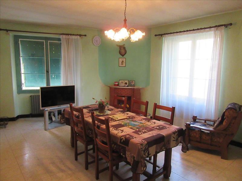 Vente Maison ESCAMPS (46230) - 6 pièces - 131 m² -