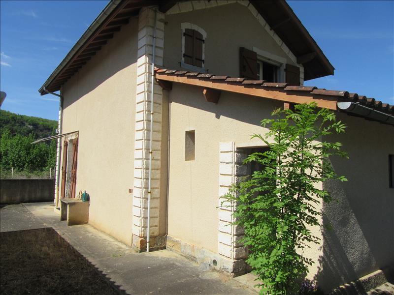 Maison  - 3 pièces    - 62 m² - ST MARTIN LABOUVAL (46)