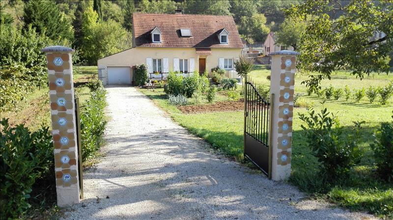 Vente Maison ST MARTIN LABOUVAL (46330) - 5 pièces 132 m²