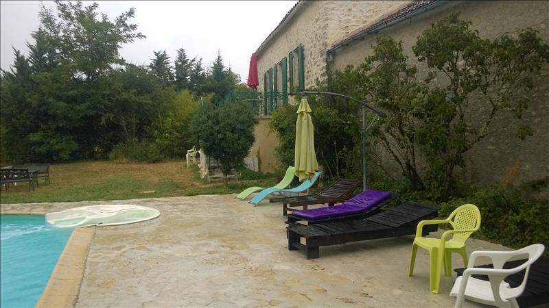Maison ST VINCENT RIVE D OLT - 7 pièces  -   230 m²