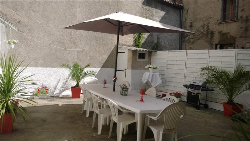 Maison CAHORS - 6 pièces  -   180 m²
