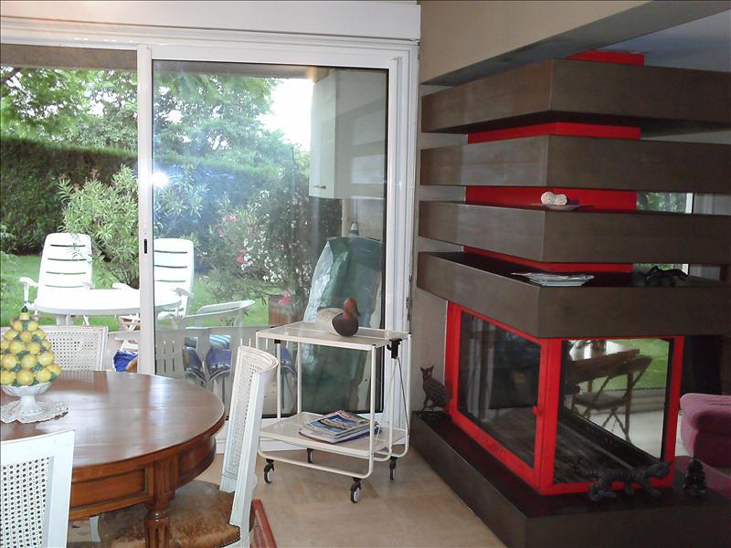 Maison PRAYSSAC - 9 pièces  -   190 m²