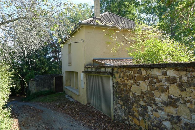 Maison GOURDON - 10 pièces  -   245 m²