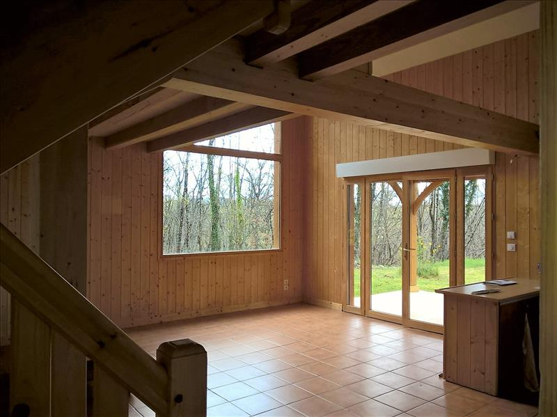 Maison LAVERCANTIERE - 6 pièces  -   145 m²