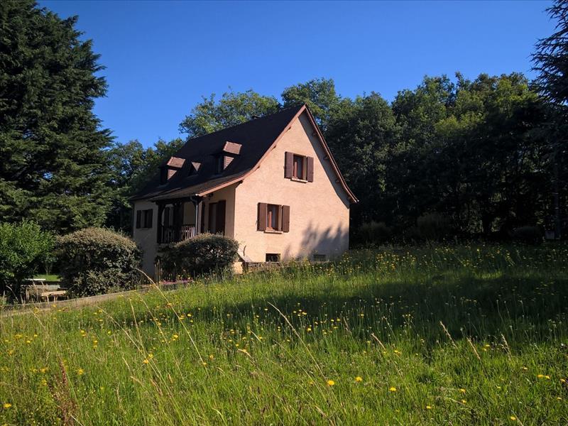 Maison GOURDON - 5 pièces  -   135 m²