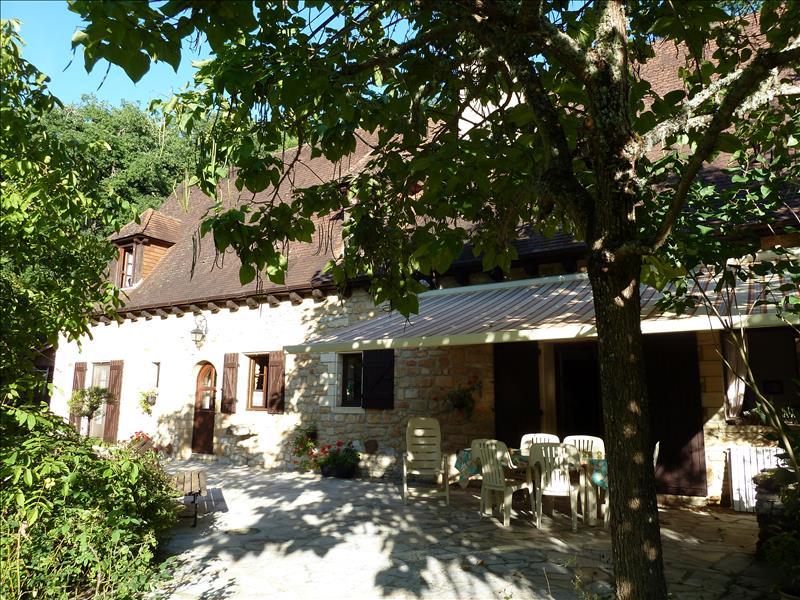 Maison GOURDON - 7 pièces  -   174 m²