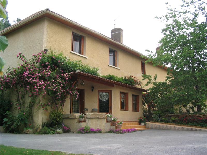 Maison IDRAC RESPAILLES - 10 pièces  -   260 m²