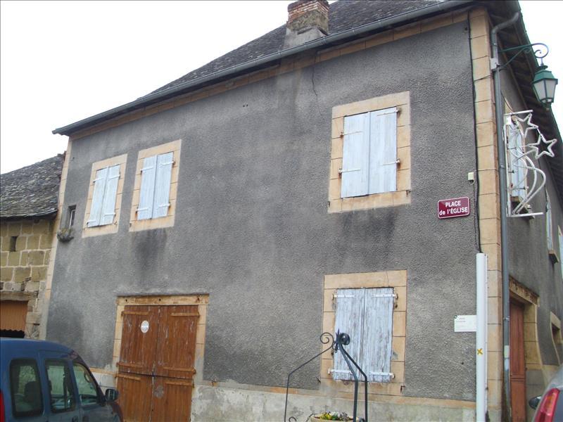 Maison USSAC - 8 pièces  -   110 m²