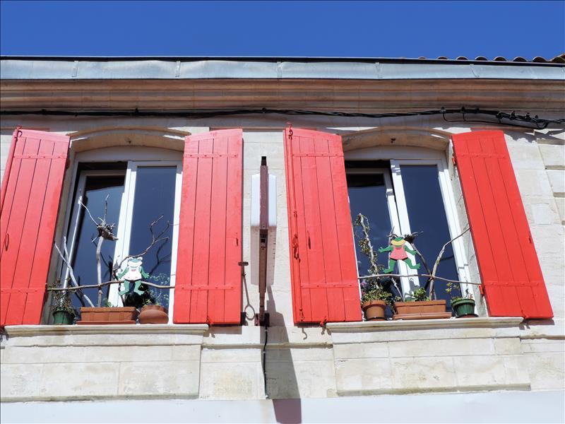 Immeuble PAUILLAC - 5 pièces  -   128 m²