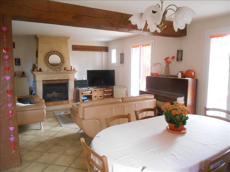 Maison FAVRIEUX - 7 pièces  -   140 m²