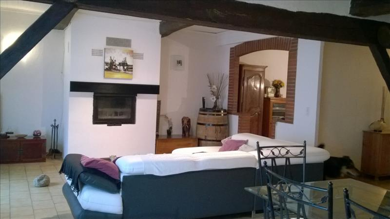 Maison COLOGNE - 6 pièces  -   195 m²