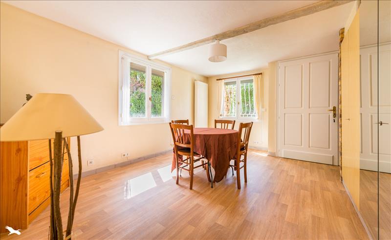 Maison LES MUREAUX - 6 pièces  -   150 m²