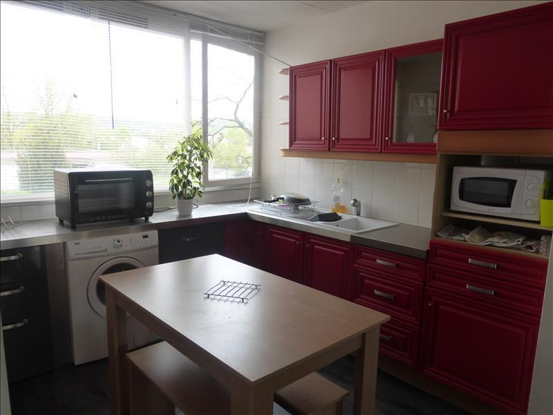 Appartement LES MUREAUX - 4 pièces  -   82 m²