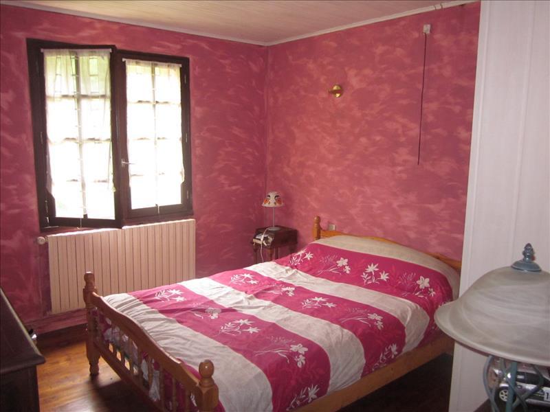 Maison NANTHEUIL - 5 pièces  -   139 m²