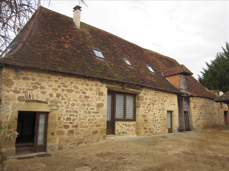 Maison NANTHIAT - 9 pièces  -   290 m²