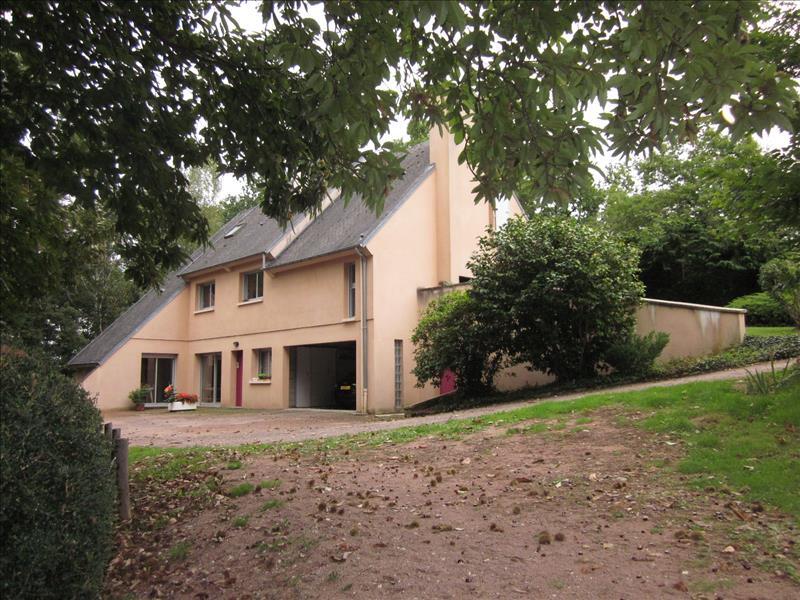 Maison LA COQUILLE - 8 pièces  -   260 m²