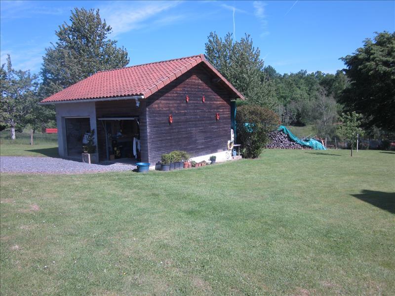 Maison SARRAZAC - 6 pièces  -   148 m²