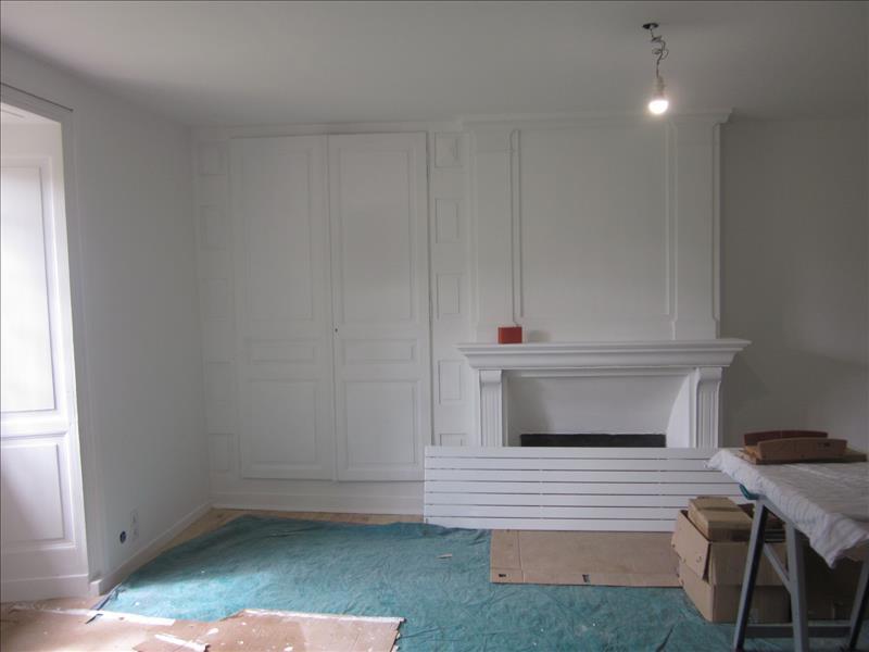 Maison ST PAUL LA ROCHE - 3 pièces  -   115 m²