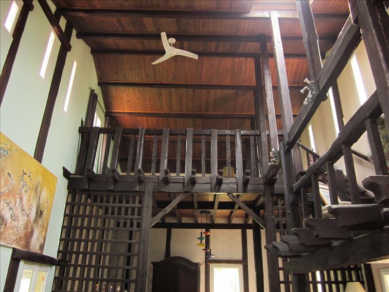 Maison CHALEIX - 7 pièces  -   268 m²