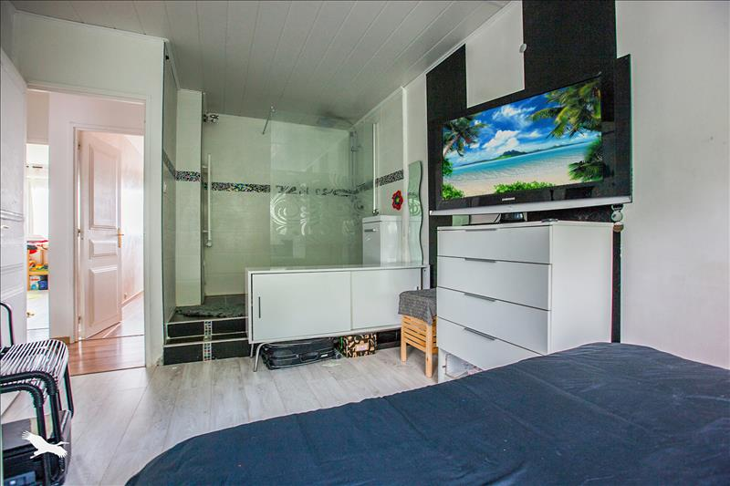 Appartement AUBERGENVILLE - 5 pièces  -   92 m²