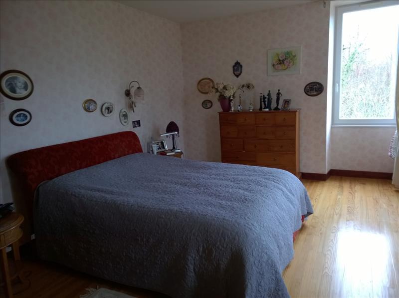 Maison LACHAISE - 7 pièces  -   380 m²
