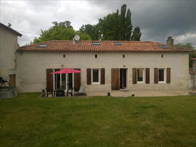 Maison  - 6 pièces    - 180 m² - PEREUIL (16)