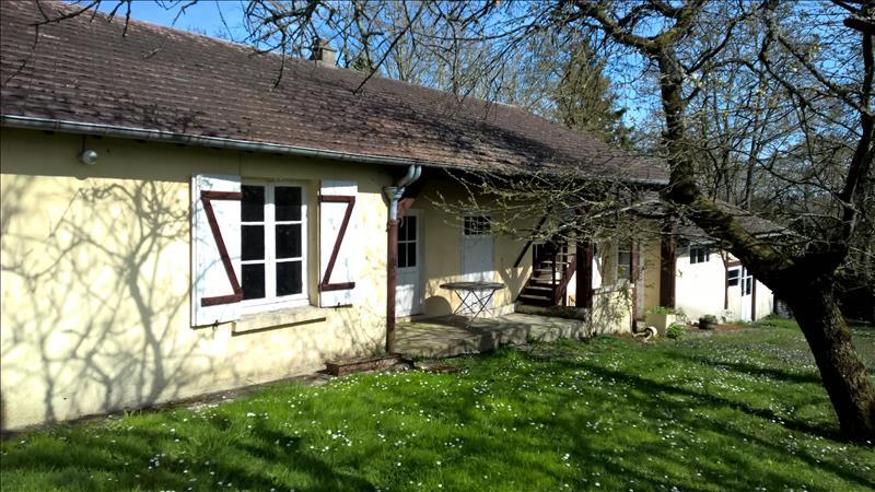 Maison COURGENT - 6 pièces  -   165 m²