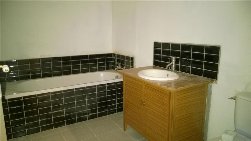 Appartement DAMMARTIN EN SERVE - 4 pièces  -   73 m²