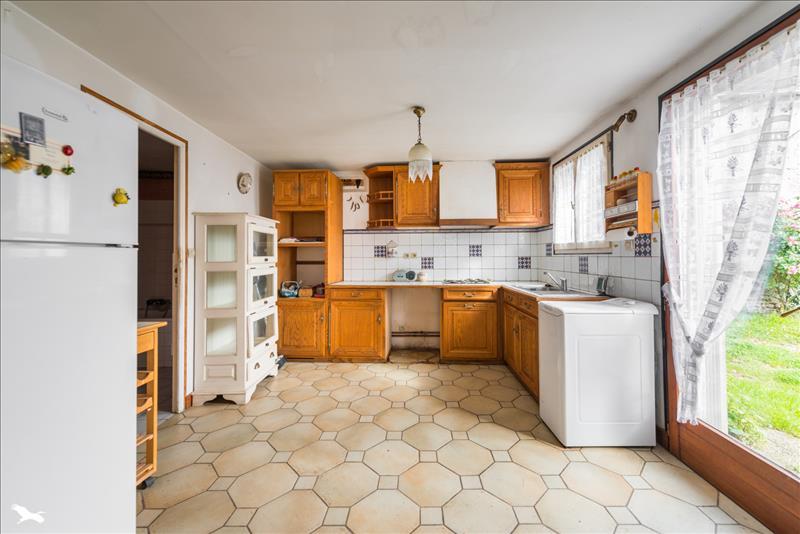 Maison ORVILLIERS - 6 pièces  -   70 m²