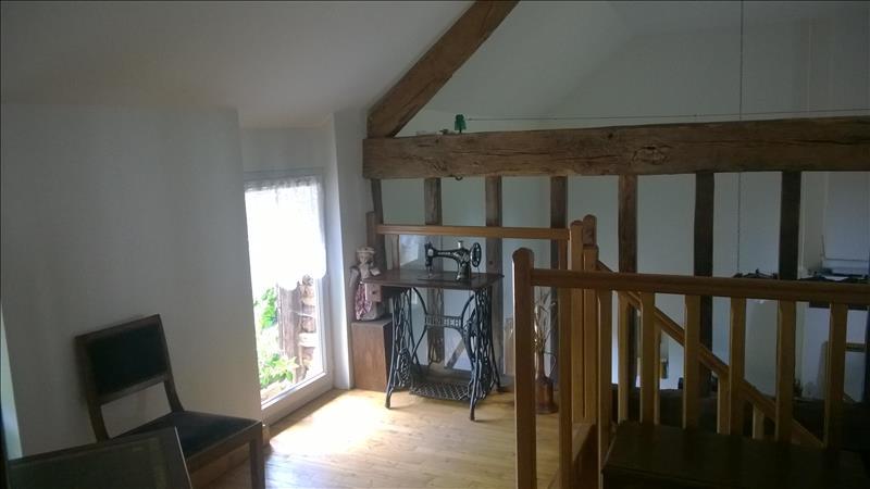 Maison CHAILLAC - 8 pièces  -   160 m²