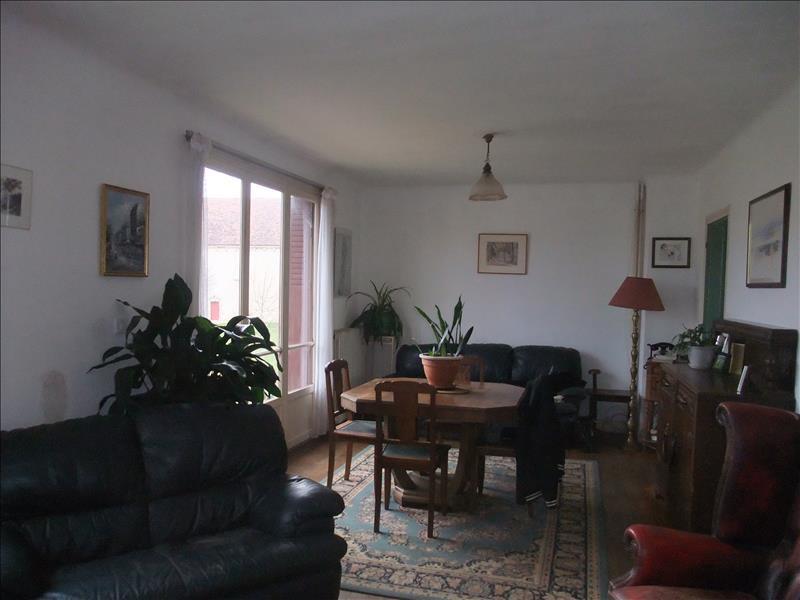 Maison ROUSSINES - 5 pièces  -   92 m²