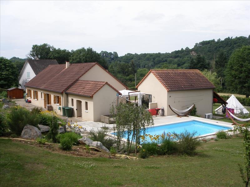 Maison GARGILESSE DAMPIERRE - 6 pièces  -   149 m²