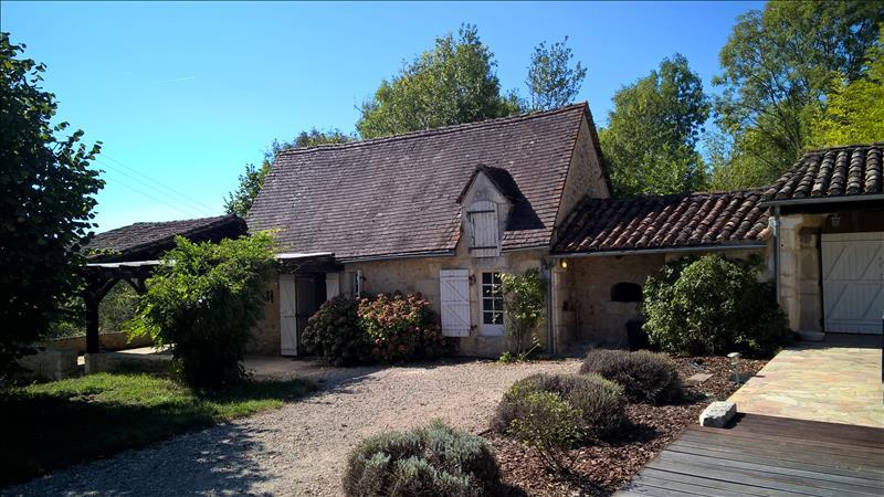 Maison MONTAGNAC LA CREMPSE - 1 pièce  -   38 m²