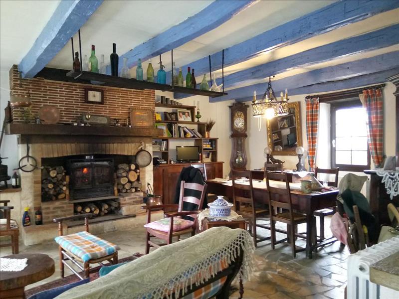 Vente Maison ST MARTIN DES COMBES (24140) - 13 pièces - 380 m² -