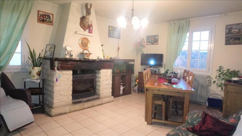 Vente Maison LA DOUZE (24330) - 6 pièces - 140 m² -