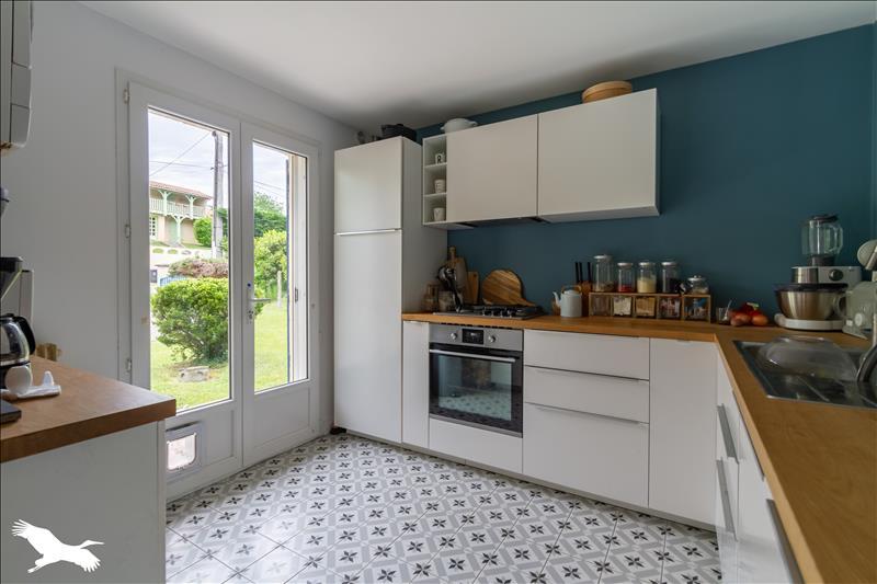 Maison  - 4 pièces    - 83 m² - SADIRAC (33)