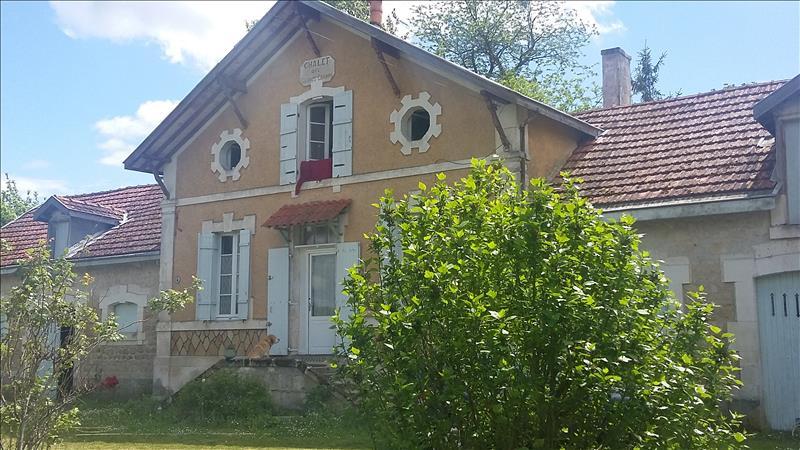 Maison JARNAC - (16)