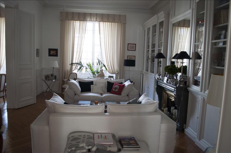 Vente Maison COGNAC (16100) - 12 pièces 975 m²