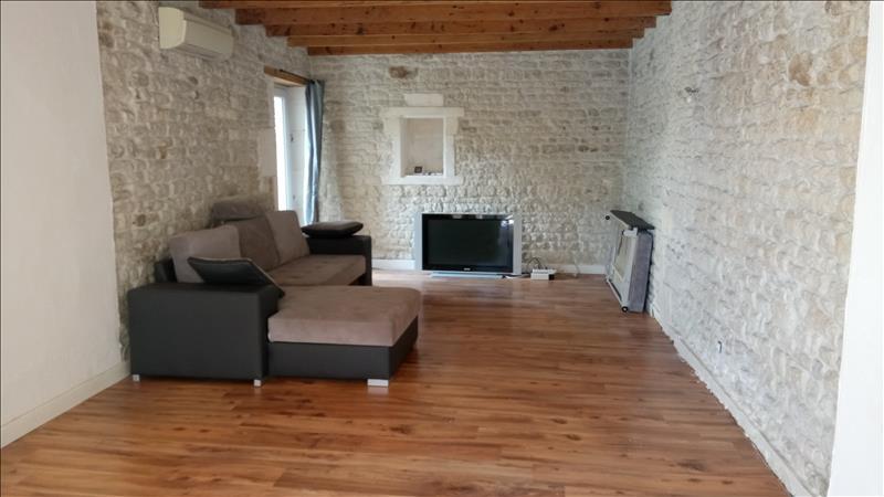 Maison  - 5 pièces    - 110 m² - GENSAC LA PALLUE (16)