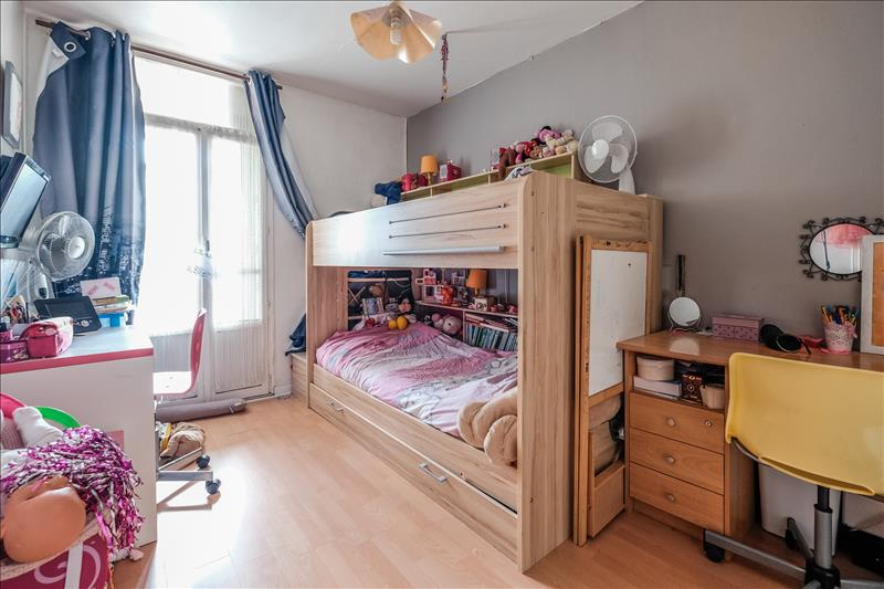 Appartement VENISSIEUX - 4 pièces  -   79 m²
