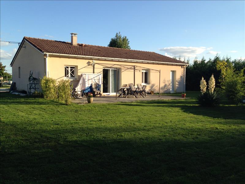Maison ESTILLAC - 5 pièces  -   95 m²