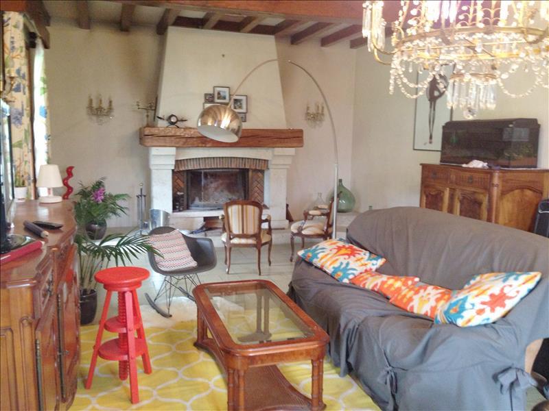 Maison STE COLOMBE EN BRUILHOIS - 7 pièces  -   154 m²