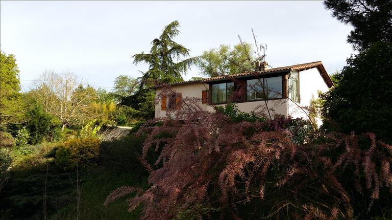 Maison FALS - 4 pièces  -   140 m²