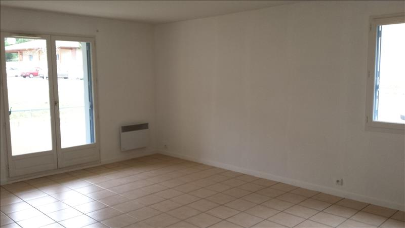 Appartement LAYRAC - 2 pièces  -   51 m²