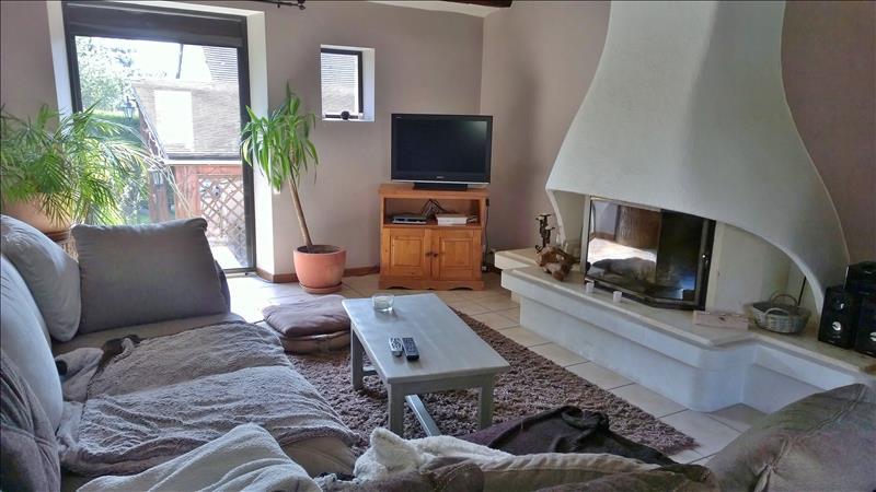 Maison GUITRANCOURT - 7 pièces  -   140 m²