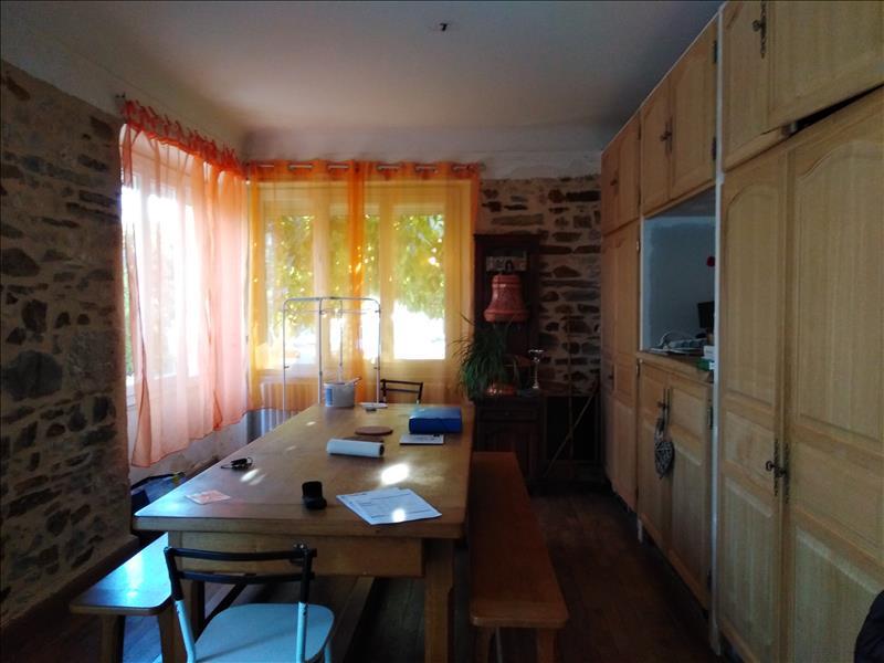 Maison  - 8 pièces    - 134 m² - LEYME (46)